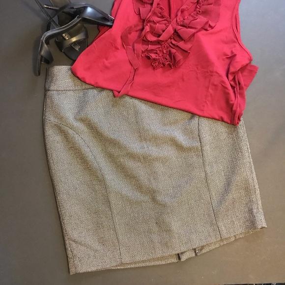 "Banana Republic Dresses & Skirts - NWOT Banana Republic ""tweed"" work-skirt"